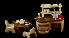 Kitchen Furniture for a Dollhouse (video)
