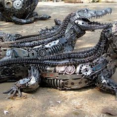 alligators Made From Recycled Car Parts - super cool! http://calgary.isgreen.ca/recycling/residential/recycling-trap/