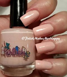 Pahlish is so nice! I got this duo in May, and I'm not sure why it took me so long to try it! Wow, it's so pretty! A pink base, leaning to peach with a gorgeous holo glitter topper... this is Dizzy Daffodils and String of Violets.  #pahlish #nailpolish #indie #prettynails #pmmh