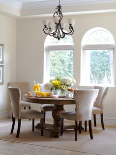 love those round dining tables