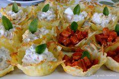Tartaletas crujientes de Queso rellenas de ensaladilla (www.juliaysusrecetas.com