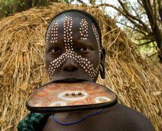 Africa | Mursi woman, Omo Valley, Ethiopia | ©Alison Wright