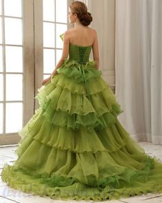 Organza Layered Green 2013 Princess Ball Gown Wedding Dress