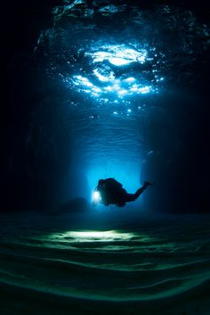 Scuba diving the Santa Maria caves on Malta's island of Comino is a treat for any scuba diver. Best Scuba Diving, Scuba Diving Gear, Cave Diving, Underwater Caves, Underwater World, Underwater Photos, Malta Diving, Malta Beaches, Malta Island