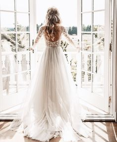beautiful bridal balcony for bride getting ready on wedding day. Long sleeve lace wedding gown with low back. Long blonde curls for wedding hairstyle Wedding Goals, Boho Wedding, Wedding Story, Wedding Bride, Mermaid Wedding, Tule Wedding Dress, Elegant Wedding, Rustic Wedding, Ethereal Wedding Dress