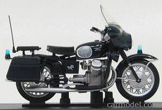 EDICOLA C016 Scale 1/24  MOTO GUZZI 750 V7 CARABINIERI 1966 BLUE