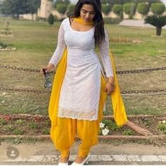 Patiala Salwar Suit Patiala Suit Designs, Salwar Designs, Kurta Designs Women, Kurti Designs Party Wear, Punjabi Fashion, Indian Fashion Dresses, Dress Indian Style, Patiala Dress, Punjabi Dress