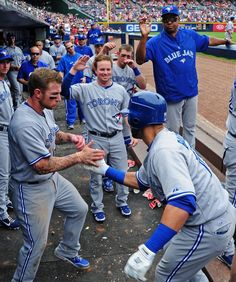 June Jose Bautista hits another home run, but the Jays do not get enough run support and lose Blue Jay Way, Go Blue, Sports Sites, Sports Teams, Baseball Guys, Football, Sport Inspiration, Toronto Blue Jays, Team Photos