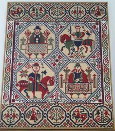 RIDDARATEPPID LITLA Medieval Embroidery, Moomin, Armenia, Handicraft, Needlepoint, Scandinavian, Stitching, Cross Stitch, Miniatures
