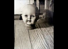 Kati Horna, The Doll