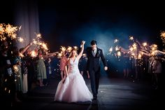 We also offer bulk wedding sparklers at a premium discount and our extra long sparklers are gaining attention!