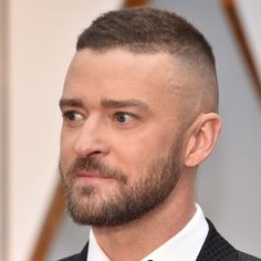 Justin Timberlake Beard - Hollywood Celebrities with Beards: Best Celebrity Beards, Goatees, Mustaches, and Facial Hair Styles Beard Styles For Men, Hair And Beard Styles, Trendy Haircuts, Haircuts For Men, Short Hairstyles For Women, Hairstyles Haircuts, Justin Timberlake Hairstyle, Short Hair Cuts, Short Hair Styles