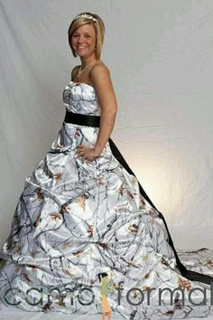 Redneck wedding dress ;D I like the camo idean not the whole puff part though
