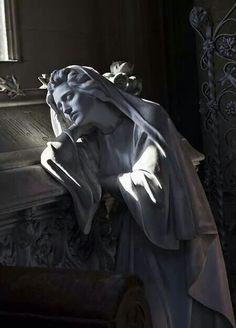 Quero um desses no meu túmulo.  :)