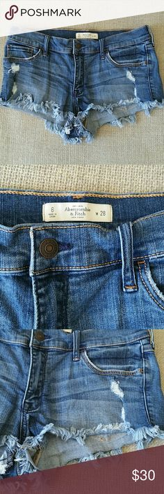 Abercrombie & Fitch short size 28 Excellent condition Abercrombie & Fitch Shorts