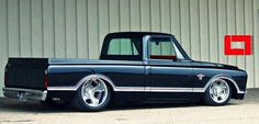 1967| W/ Large back window| Pro touring: Chevrolet Truck| '68 side chrome| Nice Touch!! N V S - R U ???