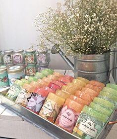 Jabones exfoliantes con estropajo natural  #loofah #soap