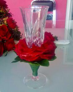 Rosa compuesta en copa