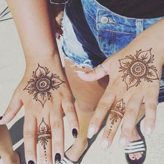 Friendship henna tattoos done today at our pop up shop on #lymeregis seafront. Pop down to see us at weekends for your free hand friendship henna tattoos #lymebayhairandhenna .  .  .  .  .  #bff #friendship #friends #friendshiptattoo #yolo #henna #hennatattoo #flowertattoo #flower #flowers #naturalbeauty #beautyblogger #styleblogger #sundayfunday #hennainspo
