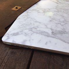 Kjøre Project's Laptop/Documents Envelope Series!  #kjore #apple #premium #newzealand #natural #tanned #oil #evolution #leather #design #seek #berlin @kjoreproject
