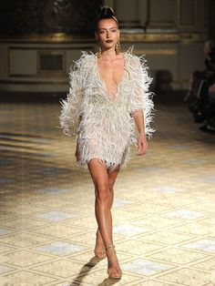 Berta Spring/Summer Modern and Sexy Wedding Dresses Berta Spring/Summer 2018 short wedding dress with feathers and matching feather top Wedding Dress With Feathers, Feather Dress, Bridal Fashion Week, Sexy Wedding Dresses, Mermaid Dresses, Bridal Style, Bridal Gowns, Berta Bridal, Marie