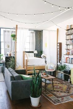 Privacy, Please: Ideas for Carving Out a Cozy Bedroom in a Studio ...