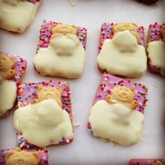 Great activity for slumber parties or PJ days! Melt some chocolate and get the kids to decorate these cute sleeping teddy biscuits with just 3 ingredients! Melting choc, tiny teddies and 100 & 1000's biscuits :)