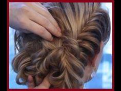 Прически на длинные волосы. Коса рыбий хвостhttps://www.youtube.com/watch?v=RrdUKR5Nsb4