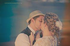 #fotografia #guilherme brandao  #vintage #inspiration #fotografia #polaroid #estudio marilena santiago #wedding #bride #glow #light #dress #couple #love #sunset #road