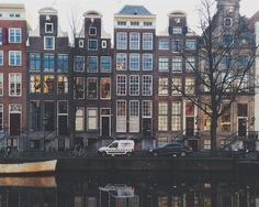 If you're looking for advice on where to stay in Amsterdam, this post should help you decide which of Amsterdam neighbourhoods are the best for you. It may also educate you on a few ways to get most of your city break in Amsterdam.