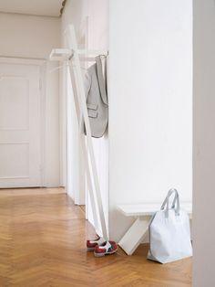 contemporary wall mounted coat-rack FLEX by Zeichen & Wunder Schönbuch Hallway Furniture, Home Furniture, Furniture Design, Standing Coat Rack, Entry Hallway, Foyer, Shops, Wall Mounted Coat Rack, Coat Stands