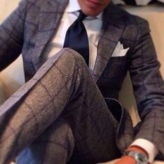 Suits, fashion and menswear for gentlemen Style Gentleman, Gentleman Mode, Fashion Mode, Look Fashion, Mens Fashion, Fashion Menswear, High Fashion, Fashion Outfits, Sharp Dressed Man