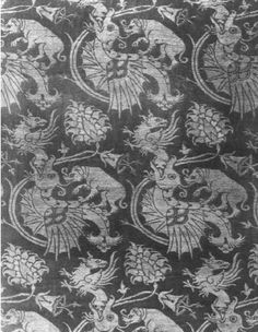 Silk textile, (now Kunstgewrebe Museum, Berlin), Italy last third of 14,c. In: Watt 1997, ISBN: 0870998250 pg.133
