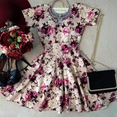 Vestido Manguinha  Cláudia  Neoprene C/ BOJO Decote nas costas( Estampa  Flores Luvre) - Melrose Brasil