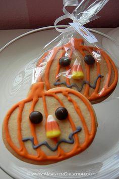 Jack-o-lantern cookies!