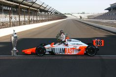 Honoring Lionheart - Dan Wheldon Two years. always missed, never forgotten Dan Wheldon, Indy 500 Winner, Band On The Run, Indianapolis Motor Speedway, Indy Cars, Car And Driver, Formula One, Nascar, Race Cars