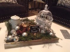 Merry&Bright  Vintage Christmas decor for your living room.
