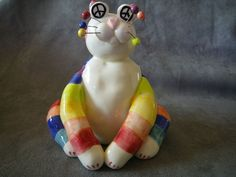 "Amy Lacombe ""Peace & Love"" Cat Figurine"