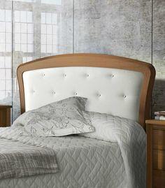Cabecero tapizado con gran variedad de telas, polipiel y tecnología aqua clean. Realizada en madera de pino macizo. Gran variedad de acabados