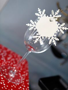 place cards for your Winter Wonderland Wedding!