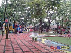 Quezon City Circle Circle of Joy inside Photo 5