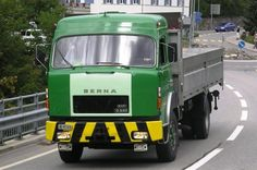 Berna #Truck #Berna #CH Old Movies, Old Trucks, Old Cars, Buses, Vehicles, Europe, Friends, Pretty, Vintage
