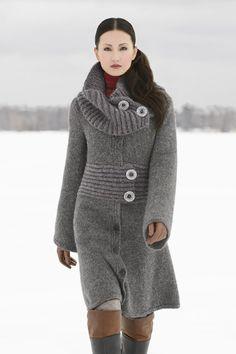 Beautiful knitted coat #knitting #women #fashion