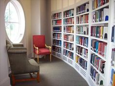 If you have and interesting small space, this is perfect for a home library. Wish i had the space for a home library! Library Study Room, Dream Library, Home Library Design, House Design, Library Ideas, Small Space Living, Small Spaces, Bookshelves Built In, Book Shelves