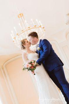 Times New Roman, Lace Wedding, Wedding Dresses, Fashion, Wedding Dress Lace, Dress Wedding, Bride Dresses, Moda, Bridal Gowns