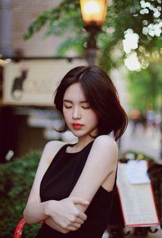 healthy breakfast ideas for picky eaters women video Asian Woman, Asian Girl, Yoon Sun Young, Lucky Girl, Girl Short Hair, Cute Beauty, Girl Photography Poses, Korean Model, Ulzzang Girl