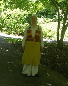 This person has come up with a similar idea to my self.  Recreation of the Pskov dress.  By a reader of my blog.