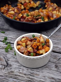 Bacon, Apple & Butternut Squash Breakfast Hash. GAPS, Paleo and even a Vegan option.