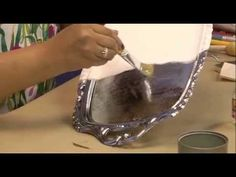 Bandeja Reciclada Com Papel Arroz - YouTube Lace Painting, Bottle Painting, Decoupage Vintage, Dyi Crafts, Arts And Crafts, Furniture Painting Techniques, Decoupage Tutorial, Metal Trays, Rice Paper