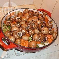 Chantals stoofpotje met rundvlees; het eerste recept dat ik probeerd in de slowcooker. De aardappelen doe ik volgende keer apart.